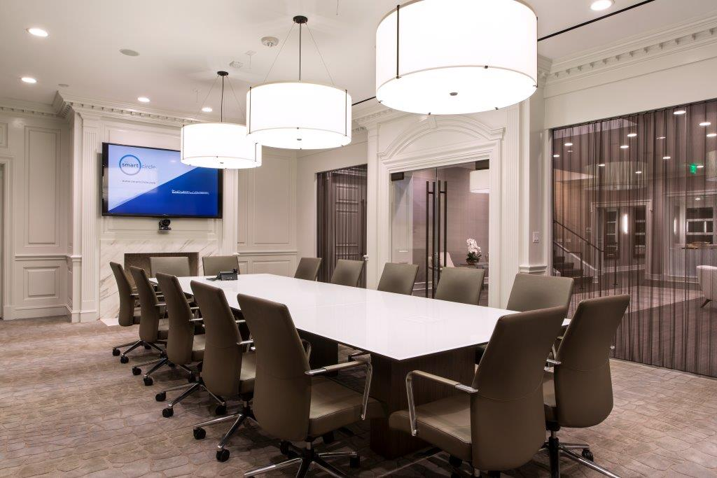Smart Circle Conference Room